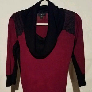 A Byer Size L Pullover Sweater Top